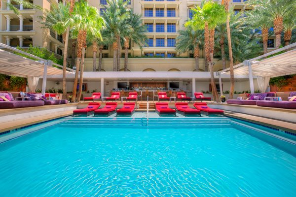 The Insider Labor Day Weekend Staycation In Las Vegas