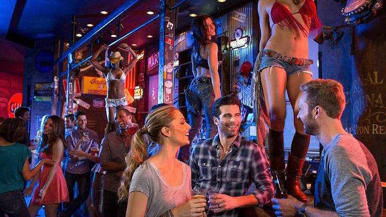 Coyote Ugly Bar 5