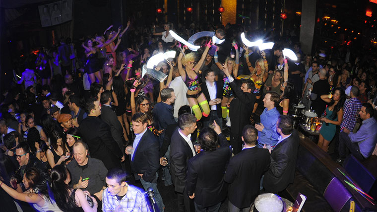 Vegas party bottle service Marquee