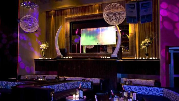 SET Nightclub 10