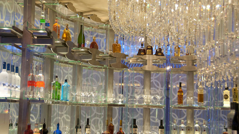 The Chandelier Bar | Galavantier