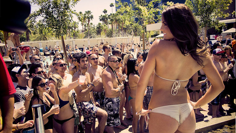 Wet republic pool party vegas