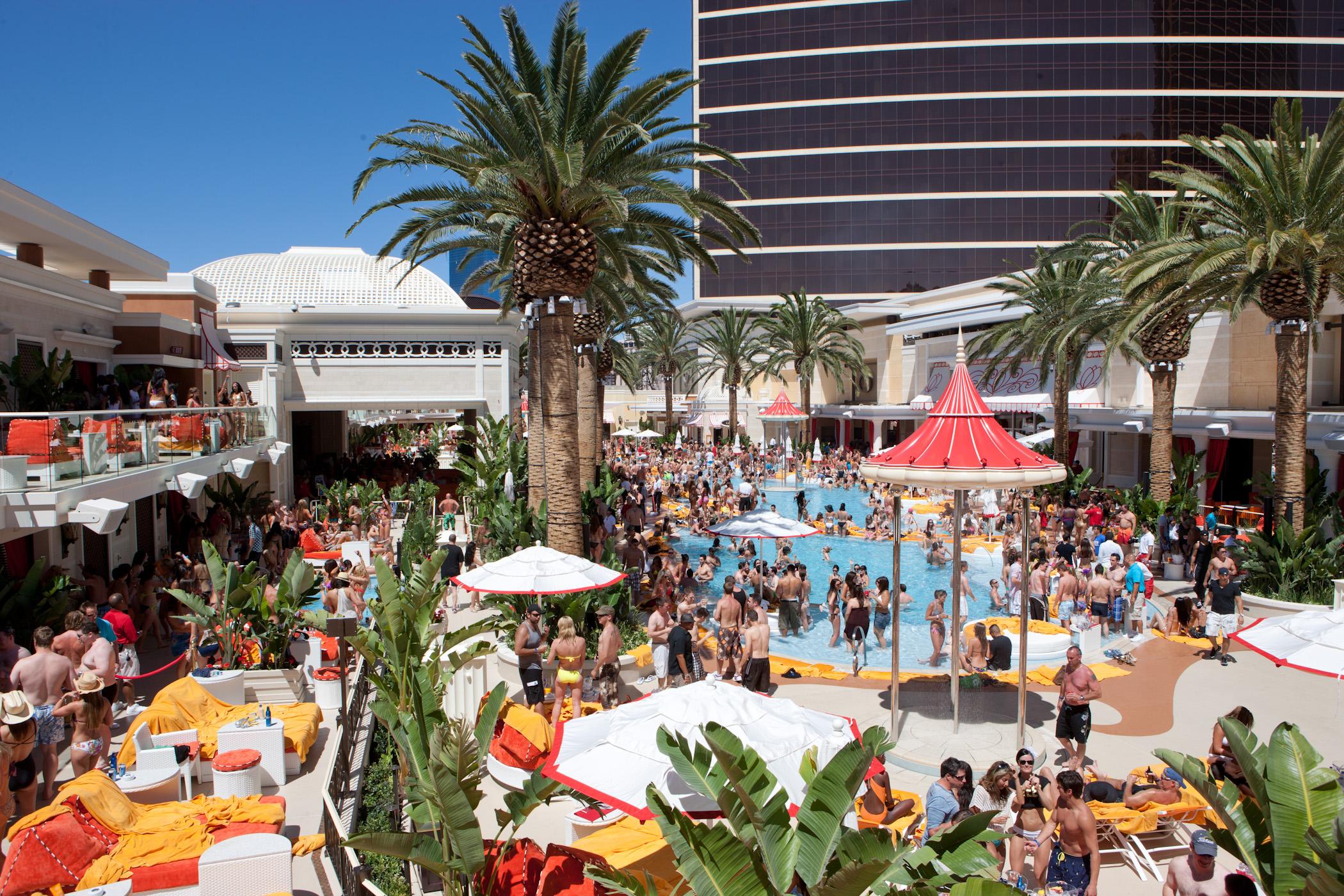 Travel Through A Lens Encore Beach Club Surrender Nightclub Labor Day Weekend Preview
