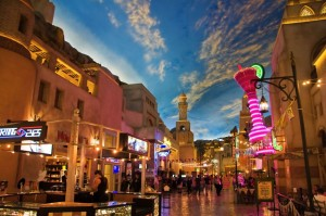 miracle-mile-shops-in-the-aladdin-hotel-stylized-as-arab-town-decor-showing-the-painted-sky-1600x1066