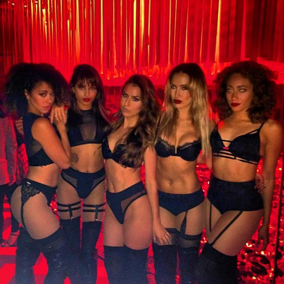 the sexiest cocktail servers in sin city galavantier 11152679 823393597715749 8841709871999360546 n
